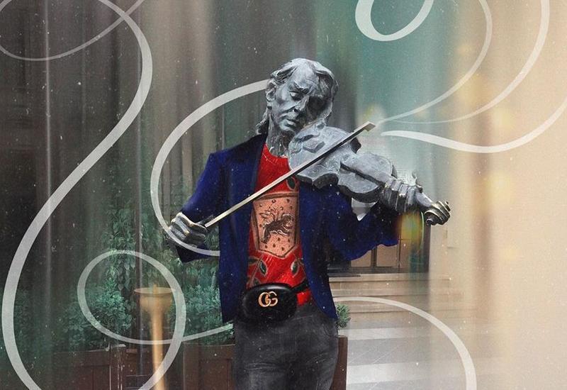 Популярную статую в Баку нарядили в Gucci