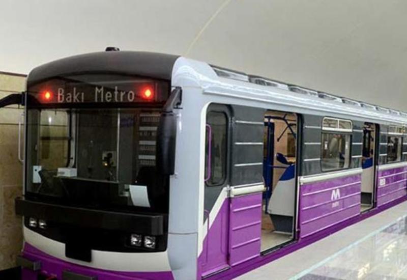 Бакинское метро назвало причину задержки в движении поездов