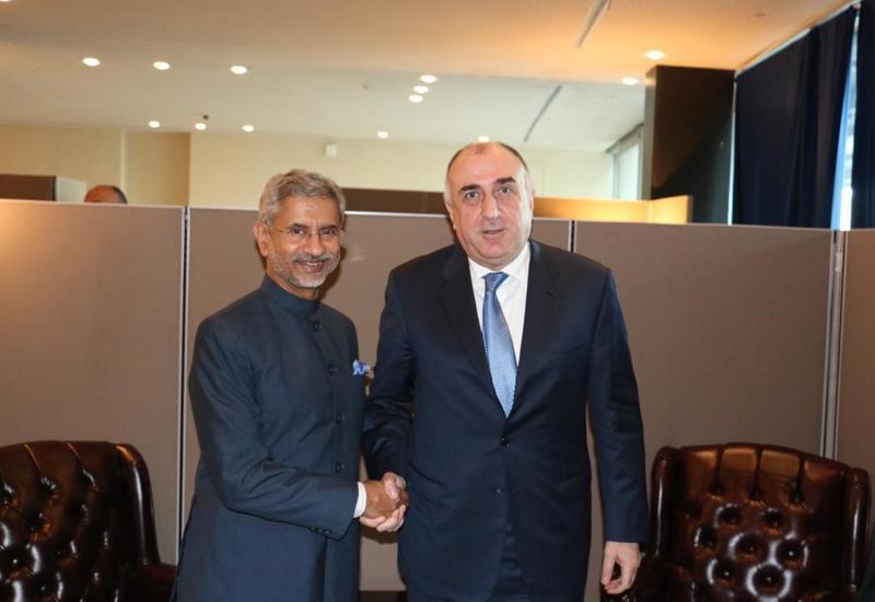 Эльмар Мамедъяров на переговорах с главой МИД Индии