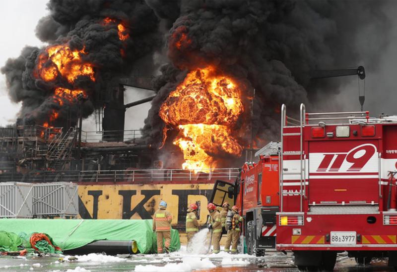 Возросло число пострадавших при взрыве с пожаром на танкерах в южнокорейском порту