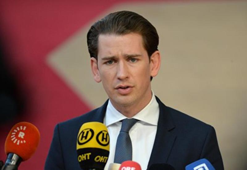 Себастьян Курц проголосовал на парламентских выборах в Австрии