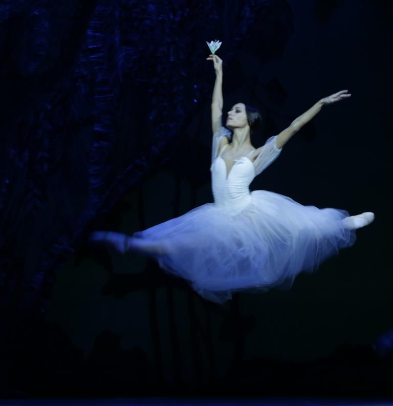 """В Театре оперы и балета с ошеломительным успехом прошел показ балета """"Жизель"""""""