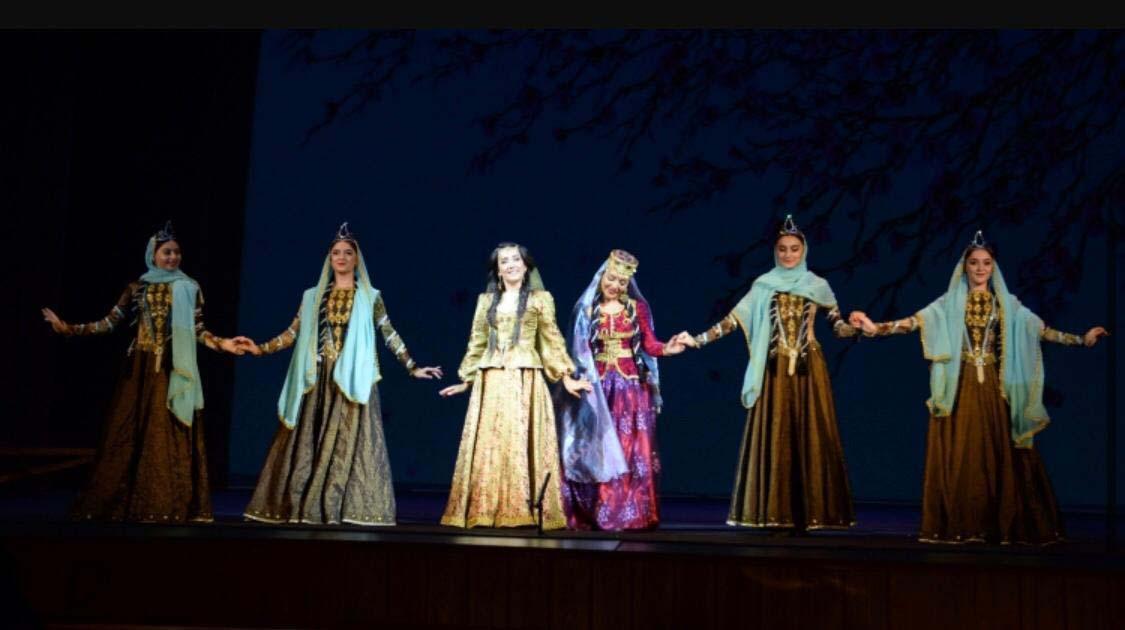 """В Баку прошла премьера грандиозной оперы """"Мехсети"""""""