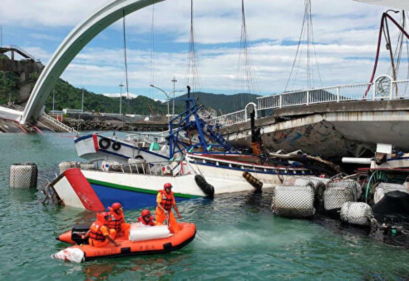 На Тайване обрушился мост, есть пострадавшие