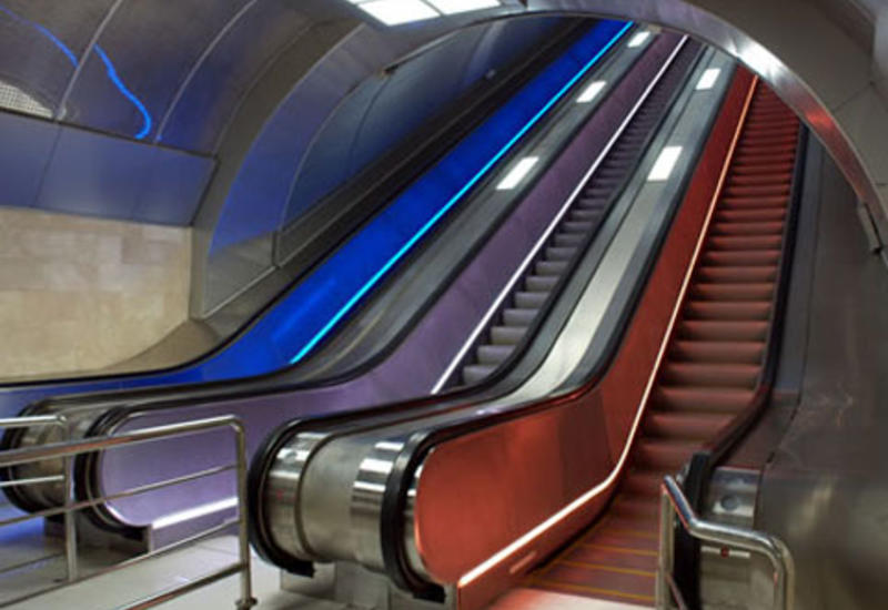 Эскалаторы в метро могут быть оснащены дезинфицирующими устройствами