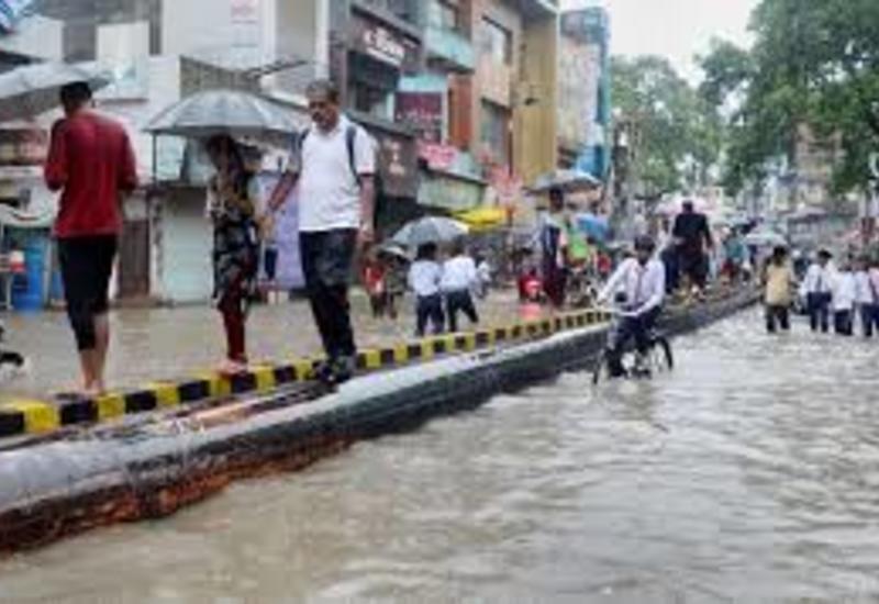 В Индии более 70 человек погибли от наводнений