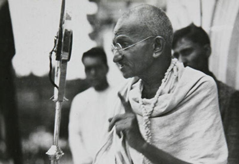 Прах Ганди украли из мемориала в Индии в день празднования его 150-летия