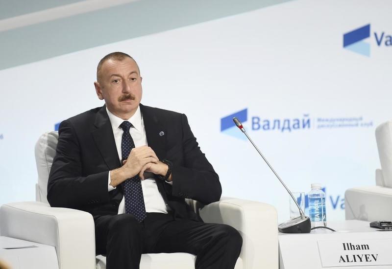 Президент Ильхам Алиев: Азербайджан – единственная страна, которая участвует как в коридоре Восток-Запад, так и Север-Юг