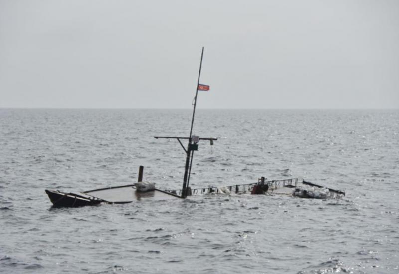 Северокорейское и японское суда столкнулись в море