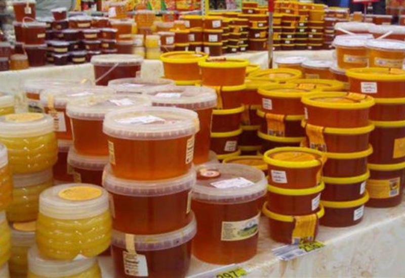На ярмарке меда в Баку продали десятки тонн меда