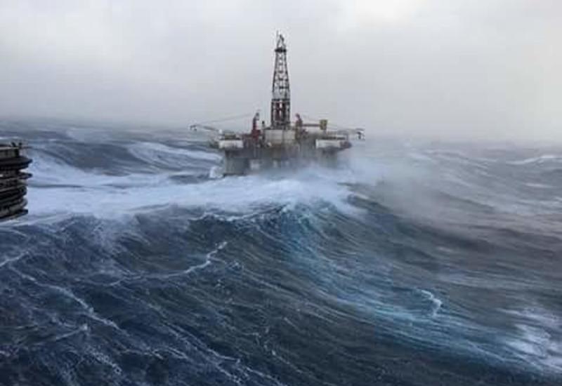 Синоптики о сильном ветре в Баку