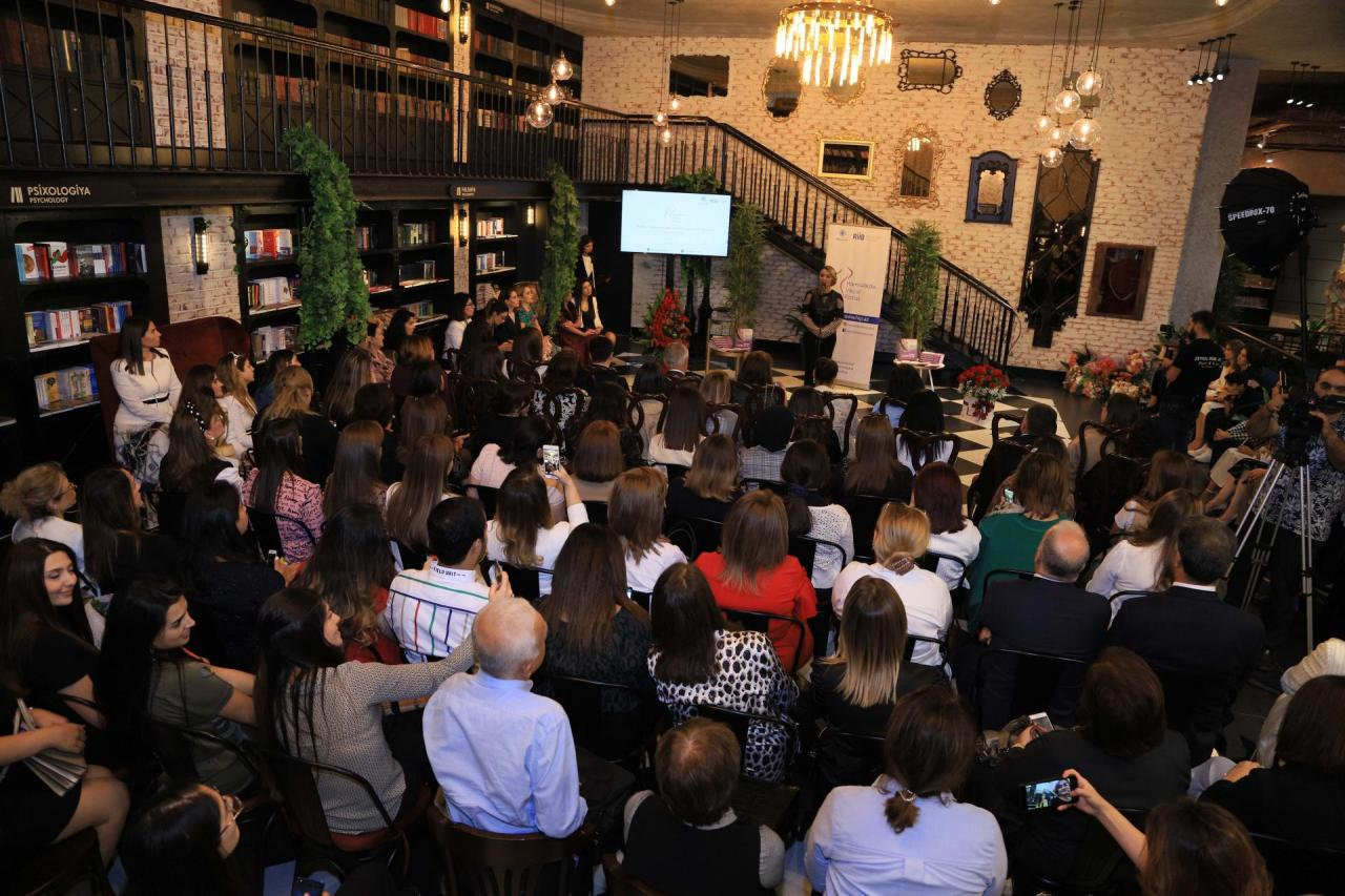 В Баку презентована книга, изданная при поддержке Общественного объединения «Региональное развитие»
