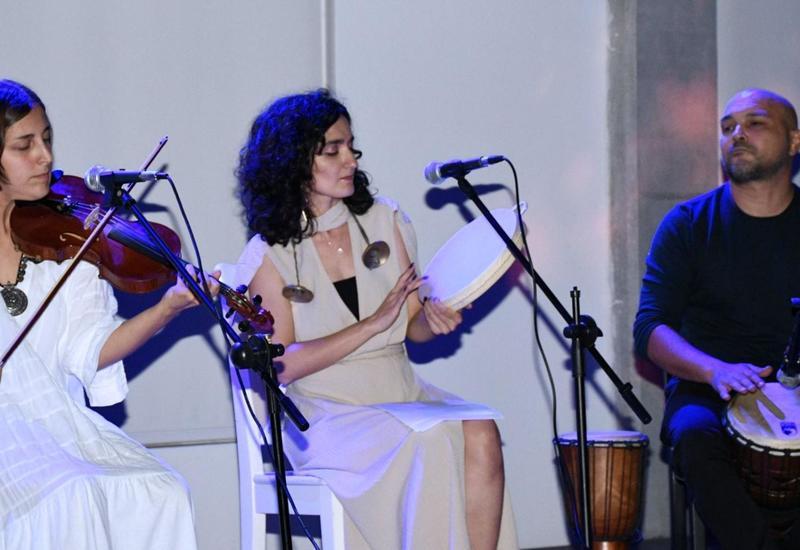 В YARAT прошел концерт и презентация нового альбома группы Les Gardiens Du Silence