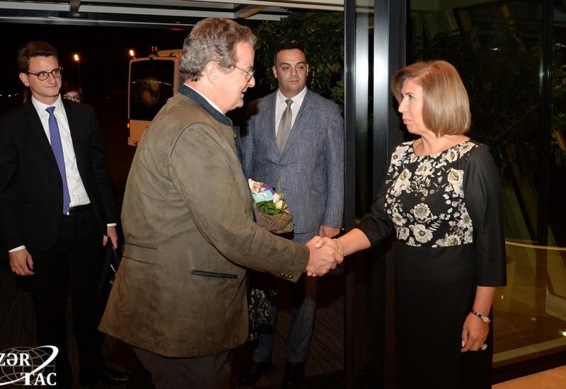 Председатель Совета кантонов Швейцарии прибыл с официальным визитом в Азербайджан