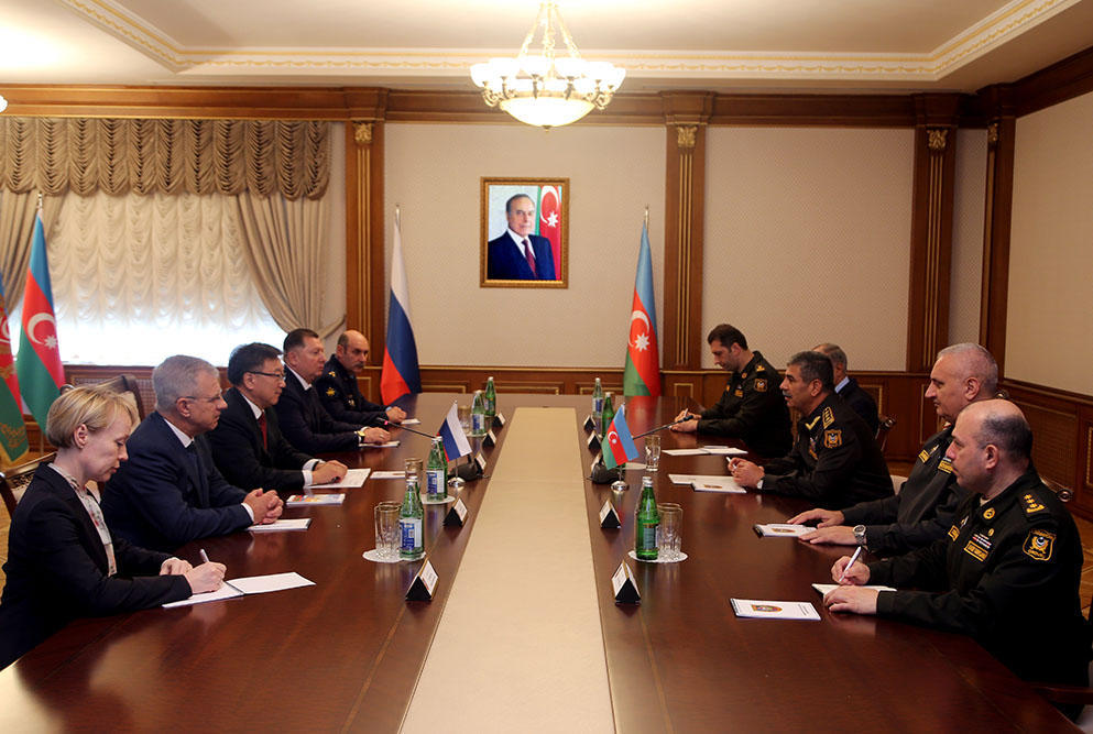 Закир Гасанов на переговорах с главным военным прокурором России