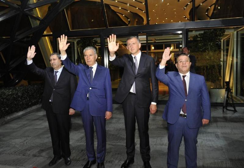 Завершился официальный визит премьер-министра Грузии Георгия Гахарии в Азербайджан