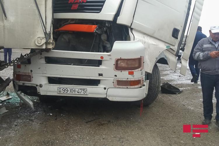 Страшная авария на дороге Баку-Губа, есть погибшие