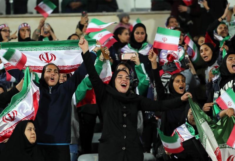 Около 3,5 тыс. женщин посетили футбольный матч в Иране