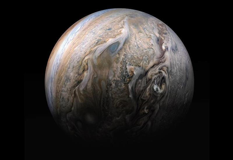 Зонд Juno проработает на орбите Юпитера еще как минимум три-четыре года