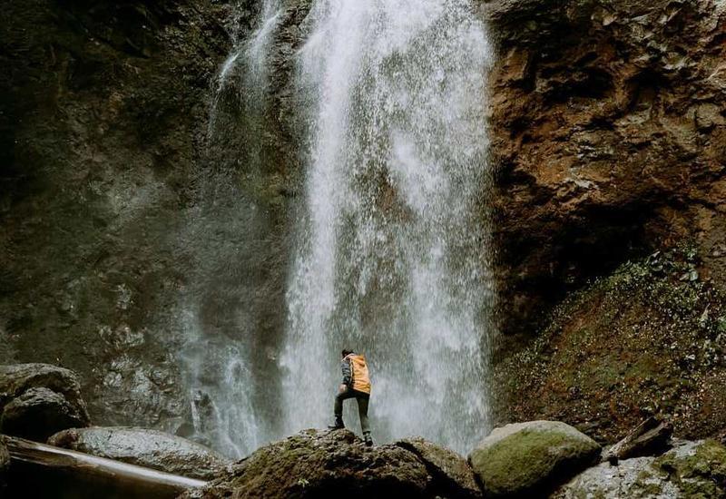 Прекрасный водопад в Астаре