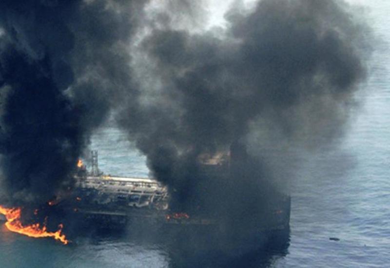 На иранском танкере прогремел взрыв вблизи порта Джидда
