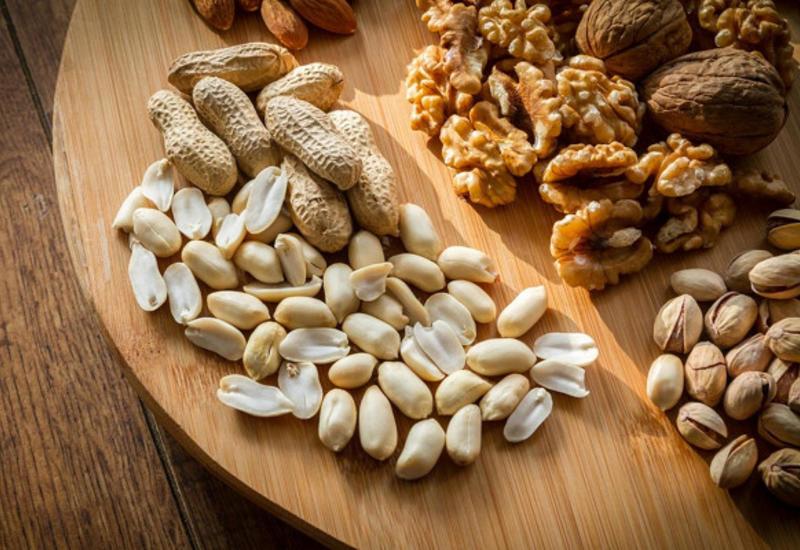 Названы самые вредные орехи