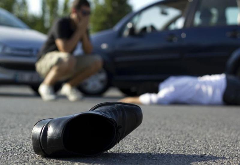 На Абшероне автомобиль сбил пешехода
