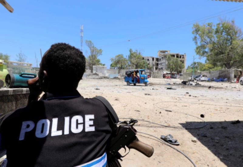 В Кении из-за взрыва фугаса погибли десять полицейских