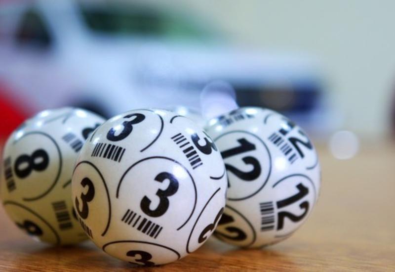 Франция продаст часть акций национального оператора лотерей