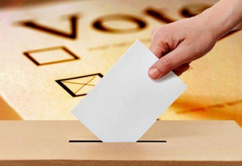 Оппозиция получила почти 90% мест на выборах в райсоветы в Гонконге