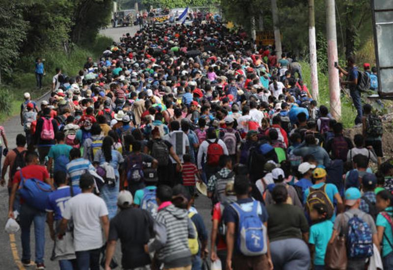 Караван мигрантов отправился с юга Мексики к границе с США