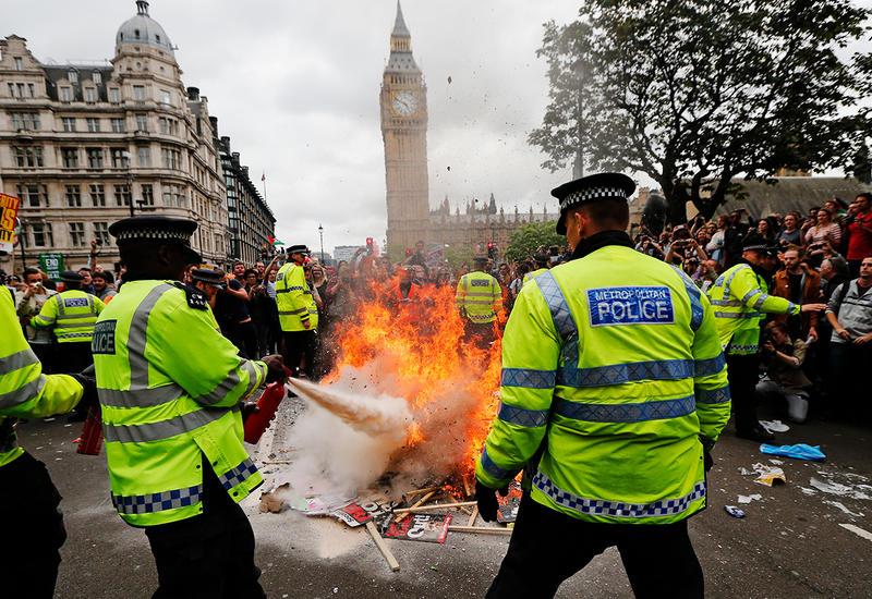 Полиция Лондона арестовала бельгийскую принцессу за участие в протестах
