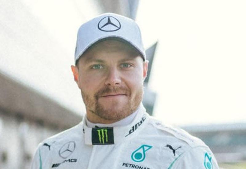 """Боттас выиграл квалификацию этапа """"Формулы-1"""" в Бахрейне"""