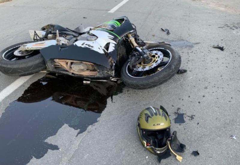 Тяжелая авария в Товузе, погиб мотоциклист