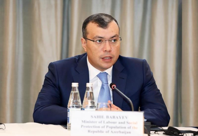 Министр о росте зарплат в частном секторе Азербайджана