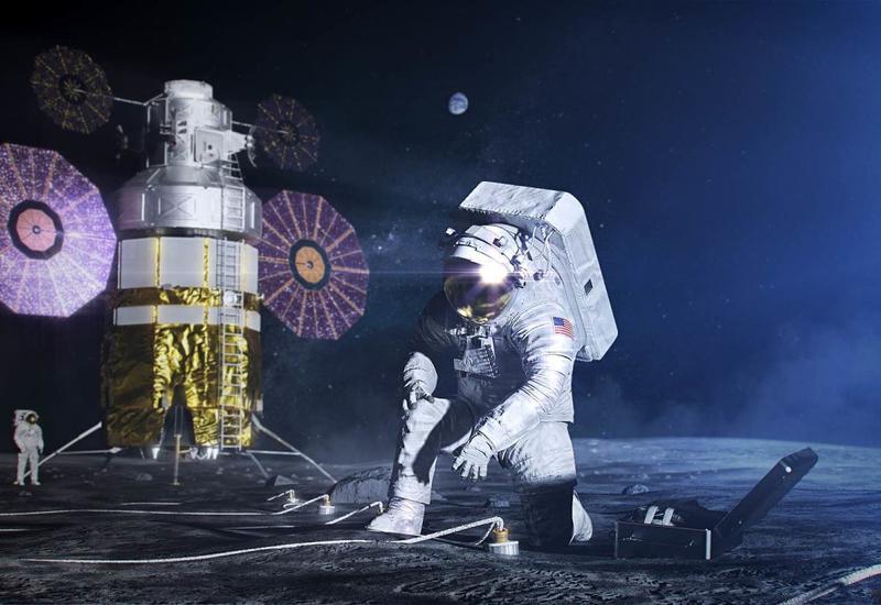 NASA представило скафандры для новых лунных экспедиций