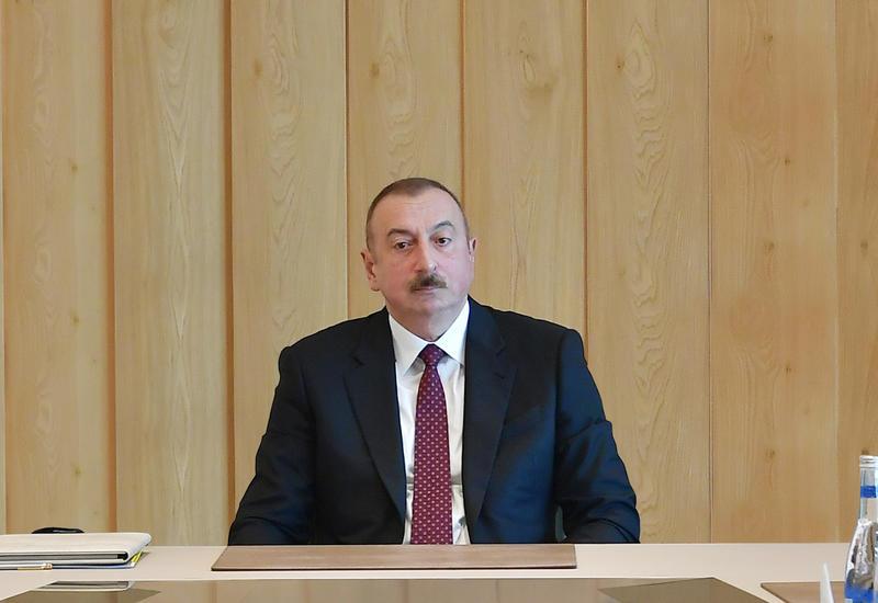 Президент Ильхам Алиев: Необходимо привлекать к работе грамотные молодые кадры с современным мировоззрением и знанием современной экономики