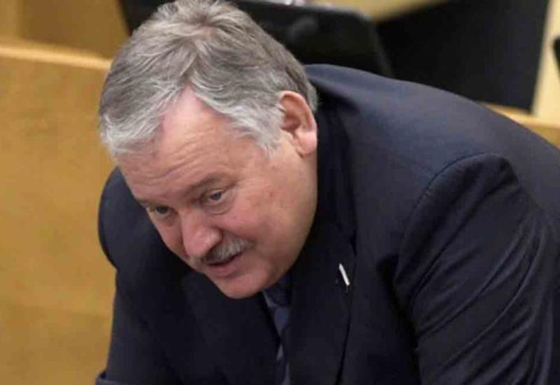 Затулин обязан придерживаться официальной позиции России по Карабаху