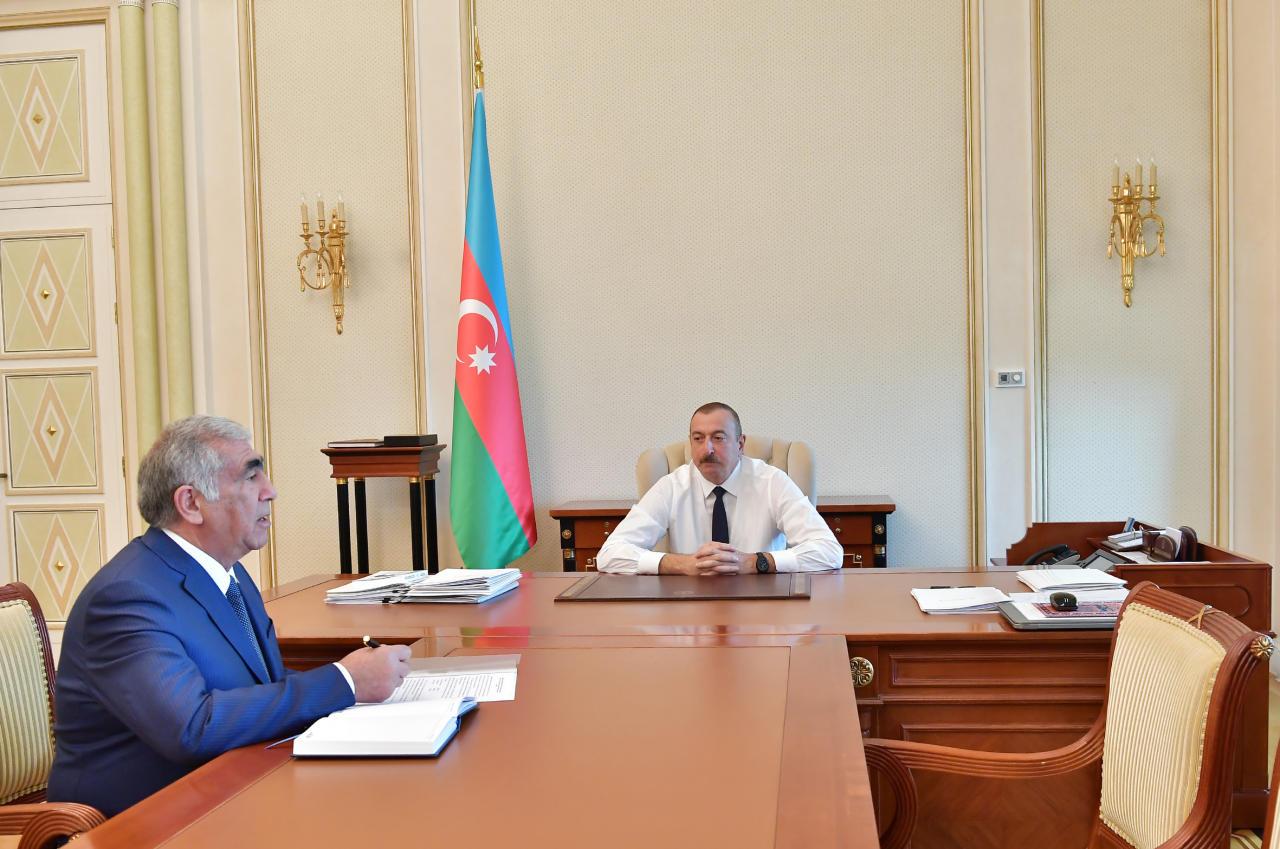Президент Ильхам Алиев принял председателя правления Госагентства автомобильных дорог