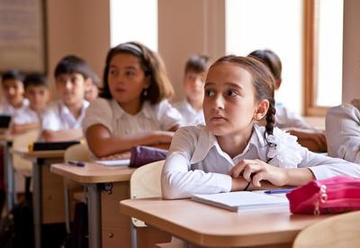 """Как помочь первокласснику полюбить школу? <span class=""""color_red""""> - Рассказывает психолог Лейла Али</span>"""