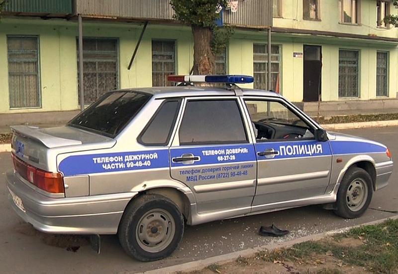 В Дагестане вооруженный топором мужчина в маске клоуна ворвался в школу