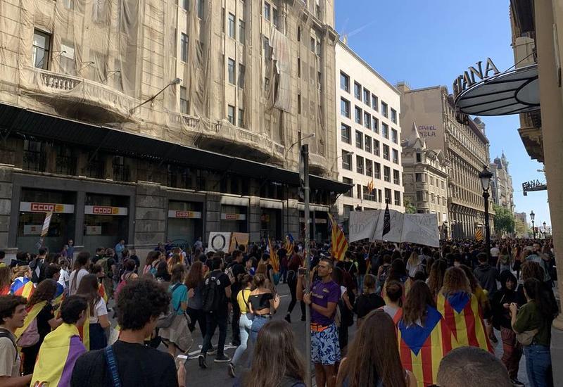 Сепаратисты в Барселоне готовятся к новым массовым беспорядкам