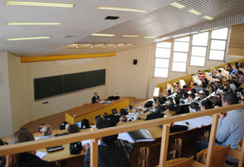 В Азербайджане откроются турецкие учреждения профобразования
