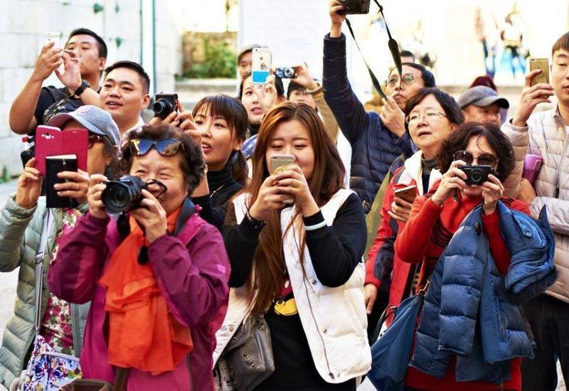 Китайские туристы стали чаще посещать Азербайджан