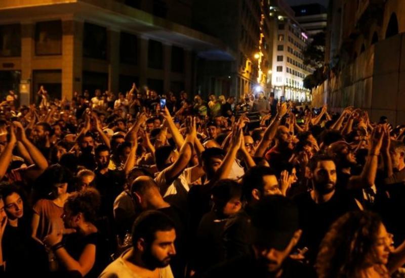 В Бейруте проходят массовые акции протеста