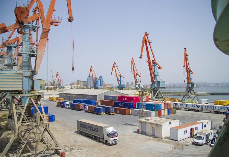 Китай готов использовать Бакинский международный порт