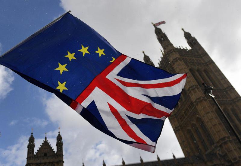 ЕС предоставит отсрочку по Brexit, если Джонсон направит соответствующий запрос
