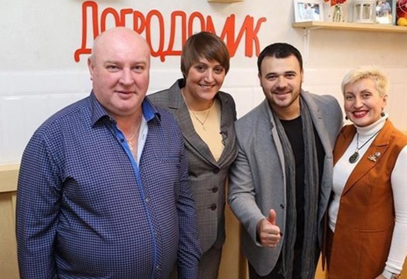 Эмин Агаларов открыл в Москве кафе, где пожилые люди смогут получать бесплатные обеды