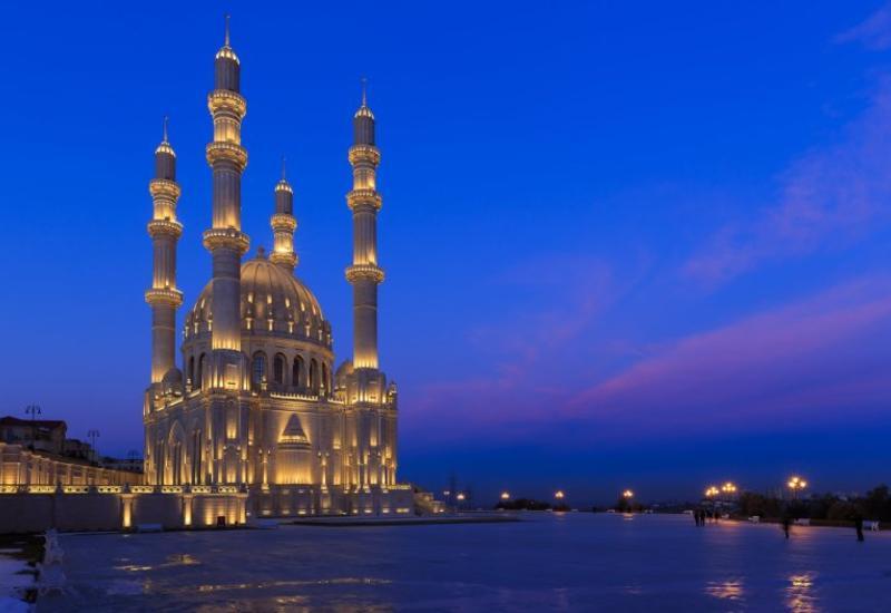 Азербайджан в ТОП-10 лучших туристических направлений на 2020 год
