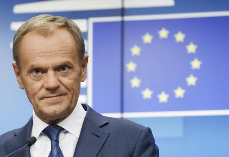 Туск призвал ЕС принять запрос Британии на отсрочку Brexit